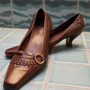Nicole Brown Leather heels
